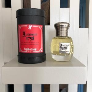 Papillon rouge parfum