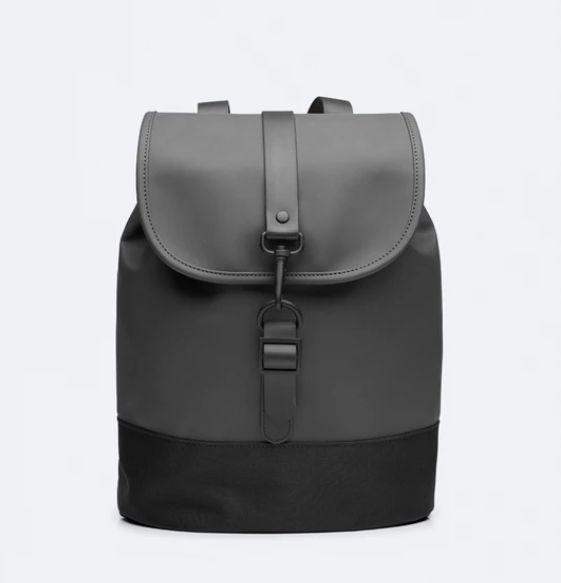 rains-sac-a-dos-drawstring-Backpack-noir-artydandy-1