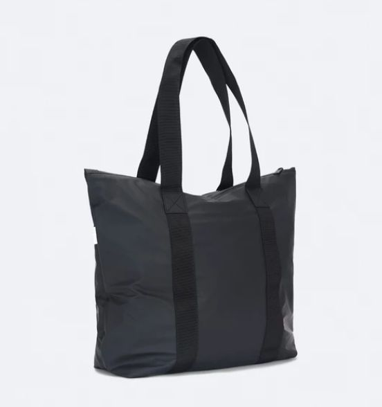 rains-sac-cabas-tote-bag-rush-noir-artydandy-2