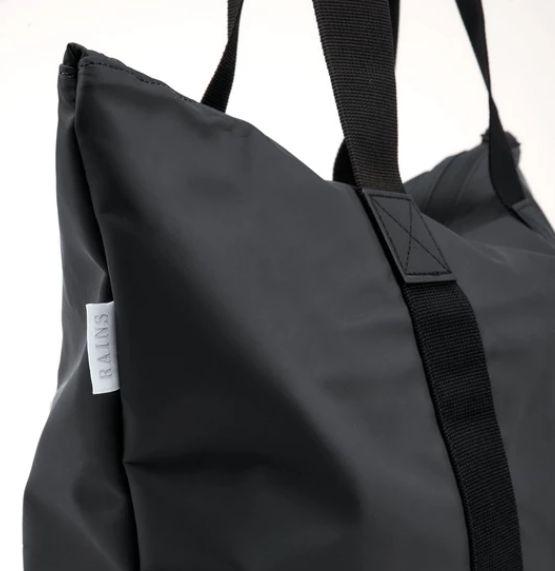 rains-sac-cabas-tote-bag-rush-noir-artydandy-4