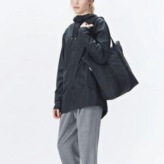 rains-sac-cabas-tote-bag-rush-noir-artydandy-5
