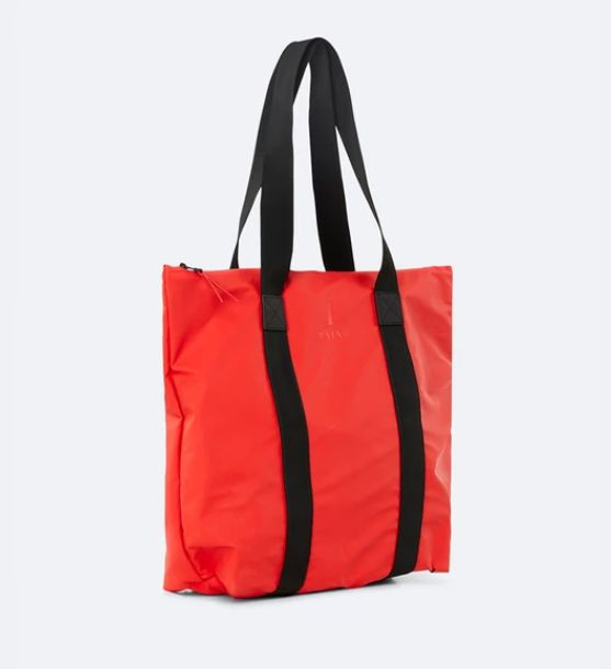 rains-sac-cabas-tote-bag-rush-rouge-artydandy-2